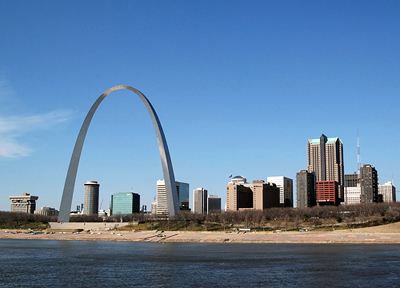 Missouri: St. Louis Arch and City Skyline