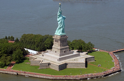 New York: Statue of Liberty in New  York City